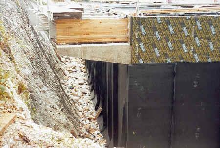 A waterproof membrane is applied to the FOAMGLAS panels.