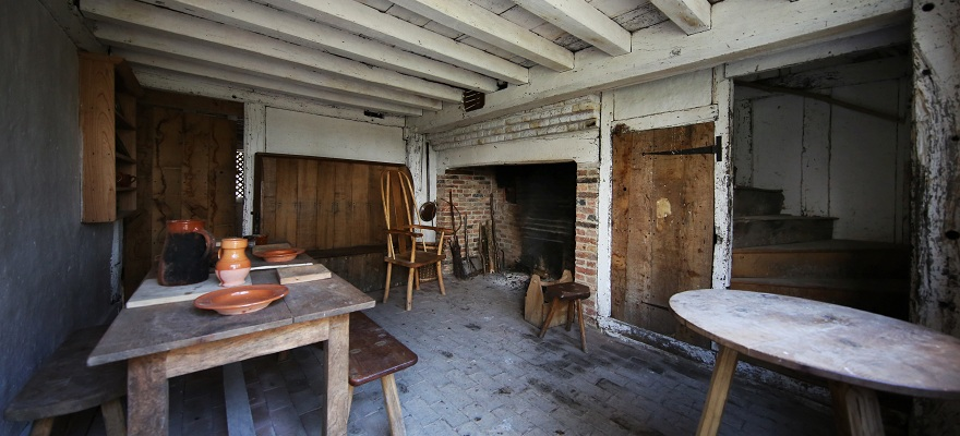 Tindalls cottage interior