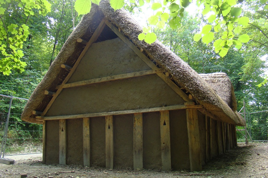 Anglo-Saxon hall house reconstruction Weald & Downland Museum