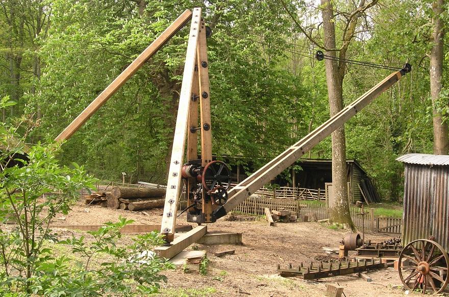 Timber crane - Weald & Downland Open Air Museum