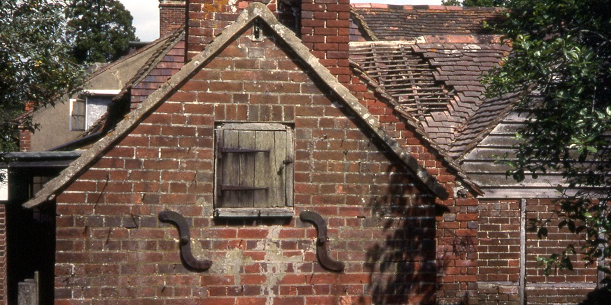 Newdigate bakehouse detail - on its original site