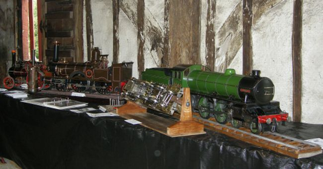 Steam model locomotive engine