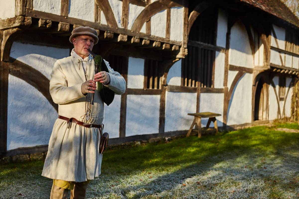 Weald & Downland Living Museum - Tudor music - Christmas 2016