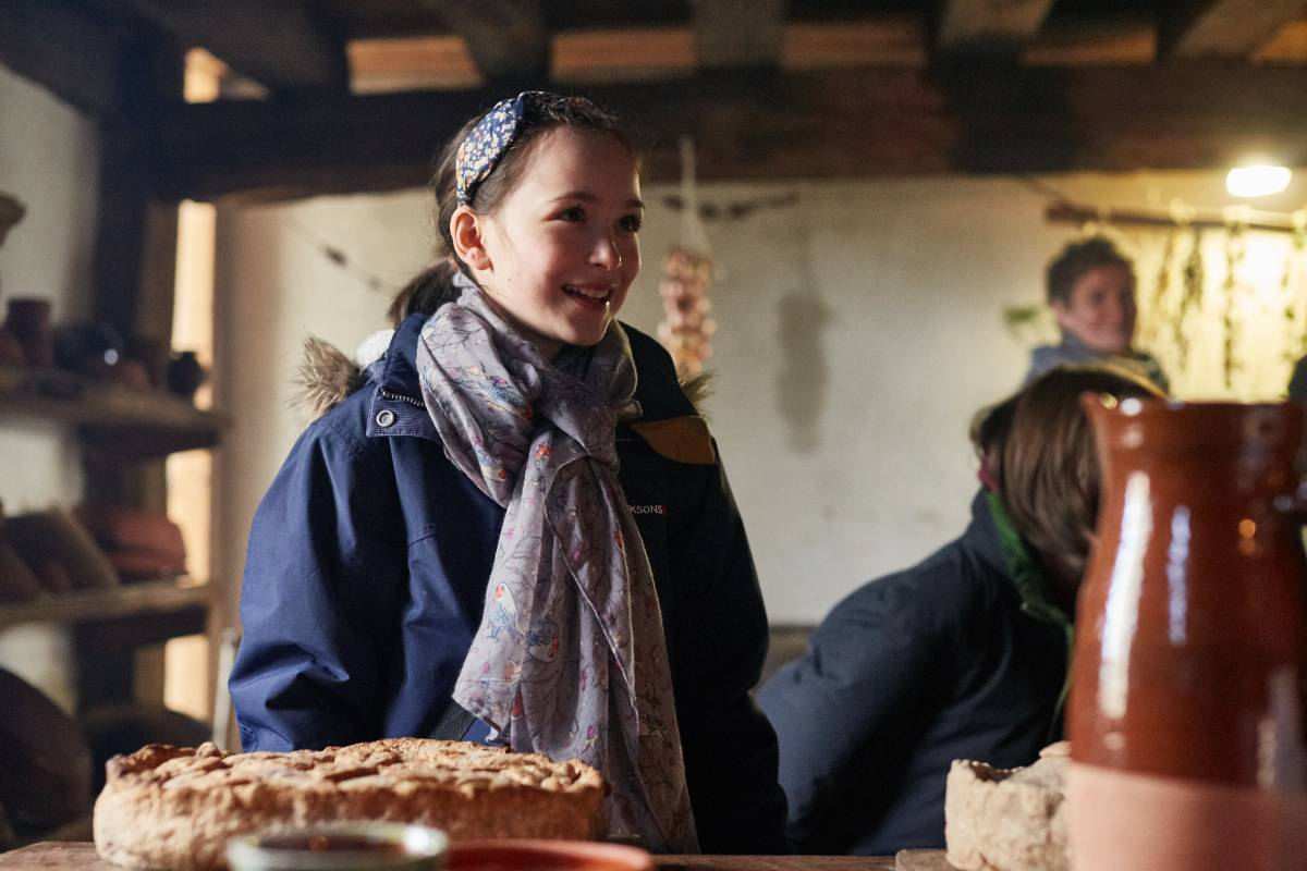Weald & Downland Living Museum - explore the Tudor kitchen - Christmas 2016