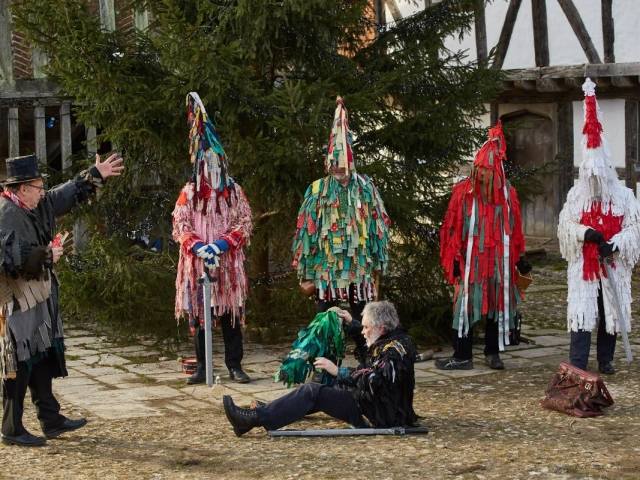 Weald & Downland Living Museum - Mummers' plays - Christmas 2016