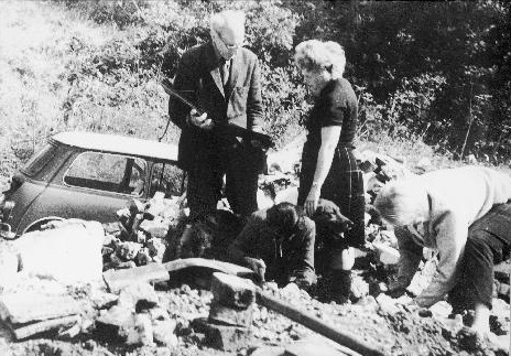 Roy Armstrong and Marjorie Hallam at the dismantling of Pendean Farmhouse in 1968