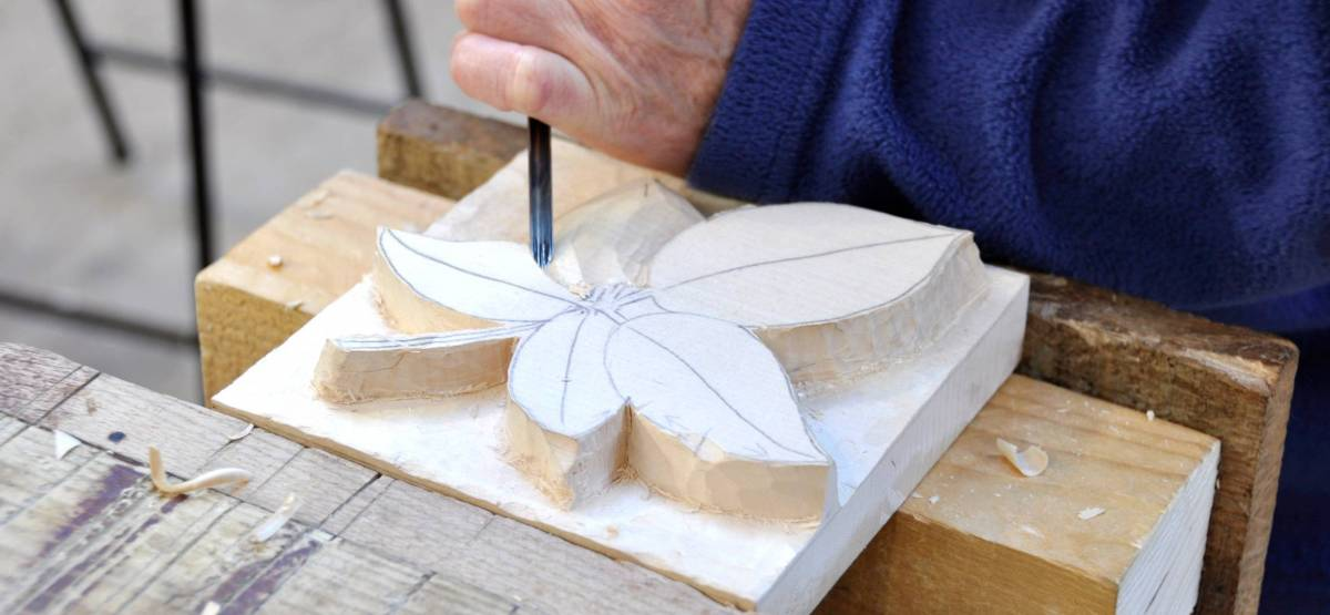 Woodcarving weekend weald and downland