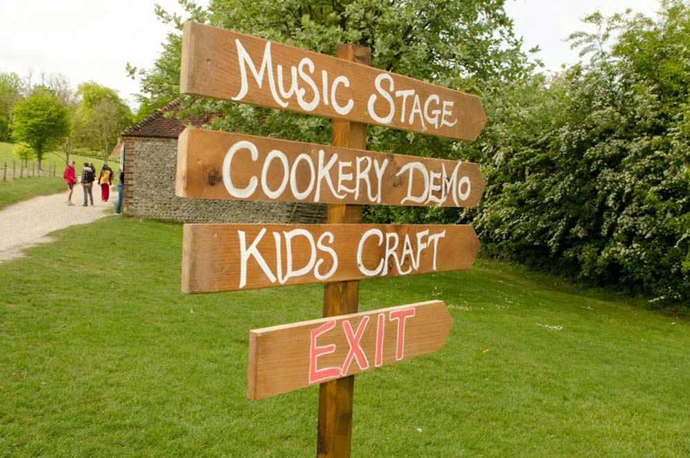 Signposts at the Spring Show: The Good Life