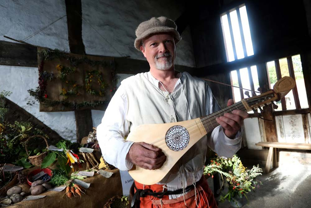 Traditional music and song at the Museum