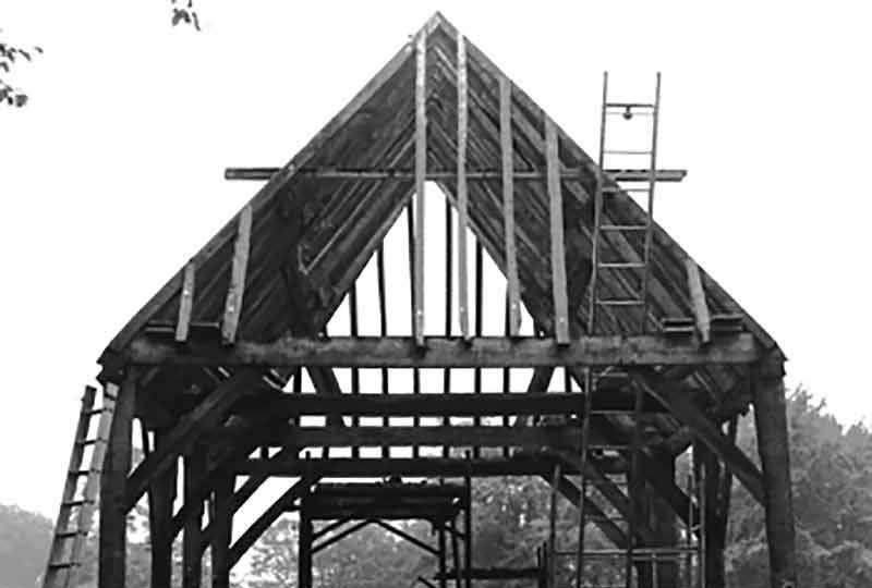 Aisled barn construction in 1972