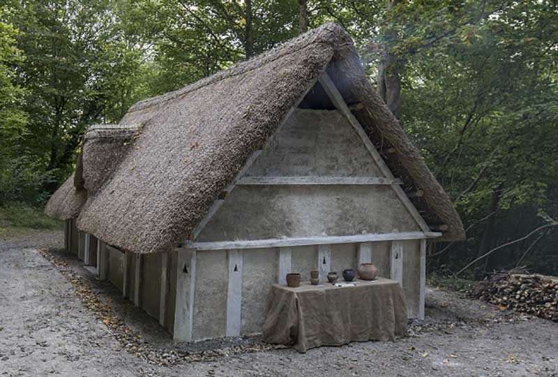 Anglo-Saxon house