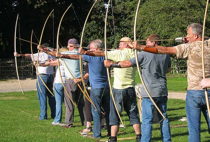 Shooting the Traditional Longbow course