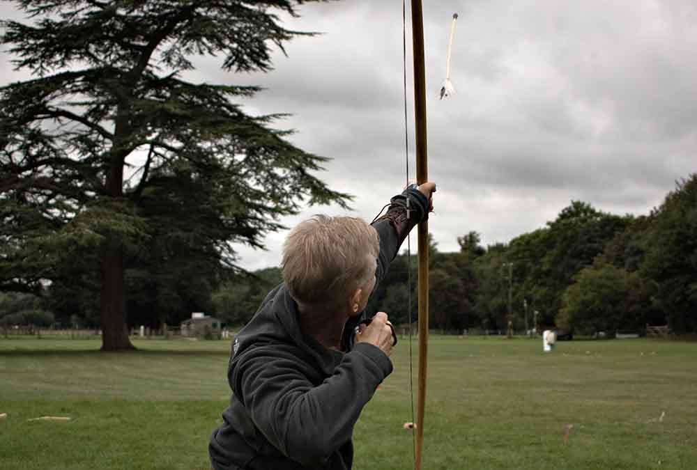 Shooting the longbow